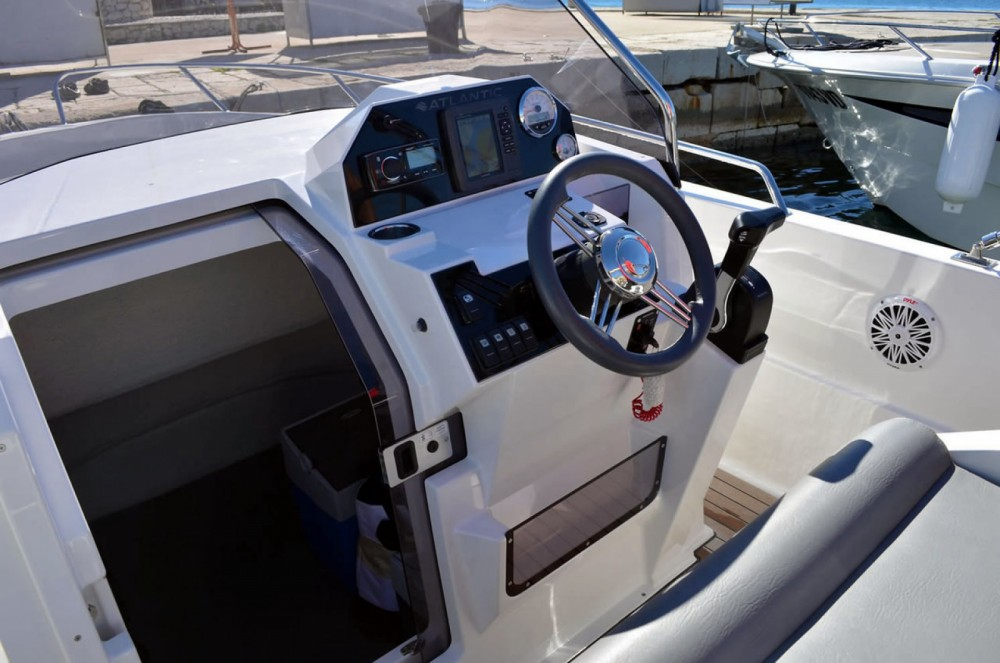 Boat rental Makarska cheap marine open 670