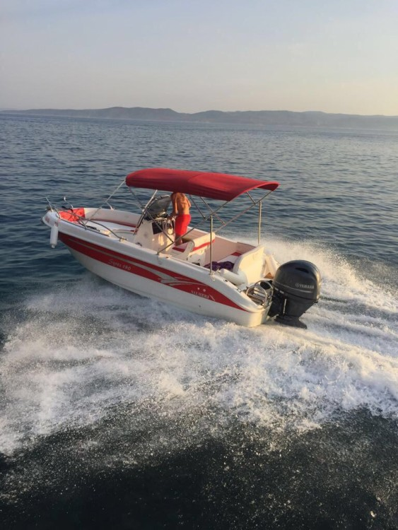 Motorboat for rent Baška Voda at the best price