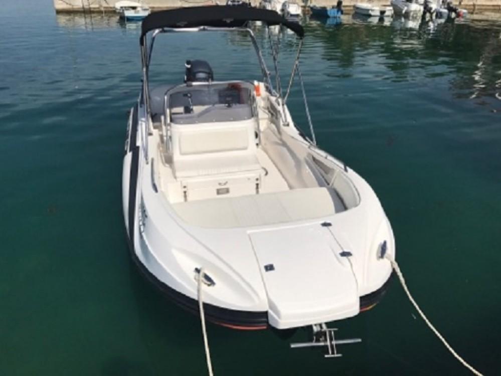 Hire Motorboat with or without skipper Sasanka Yacht Makarska