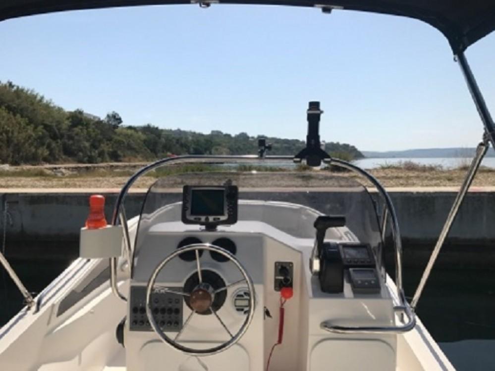 Rental Motorboat Sasanka Yacht with a permit
