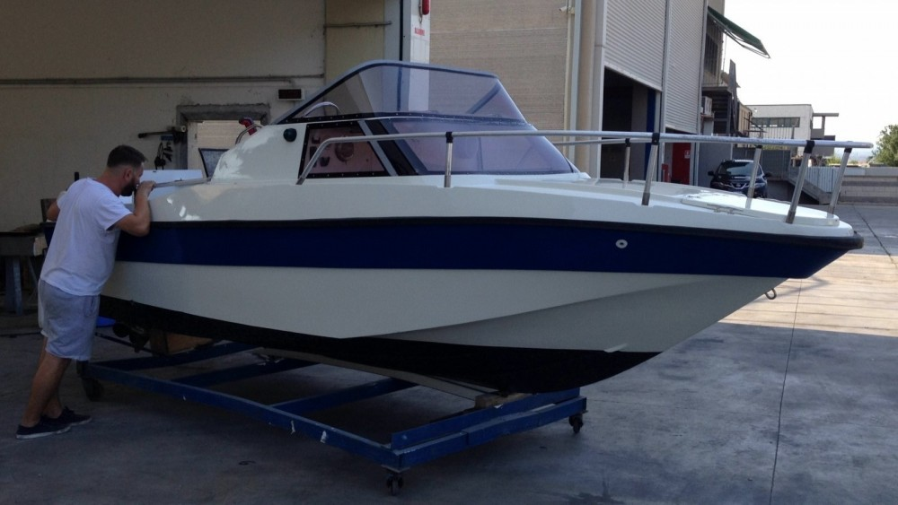 Hire Motor boat with or without skipper Rio Puntone