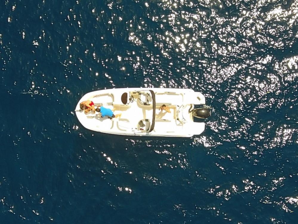 Rental yacht Ajaccio - Bayliner 1E6 on SamBoat
