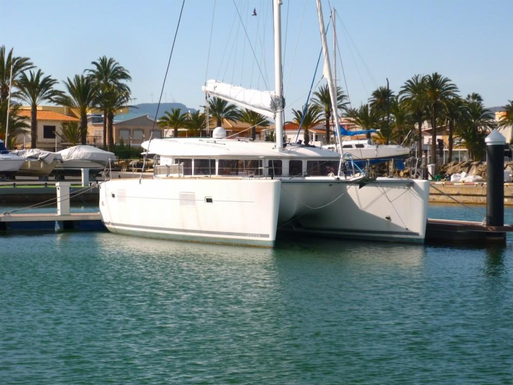Rent a Lagoon Lagoon 400 Marseille