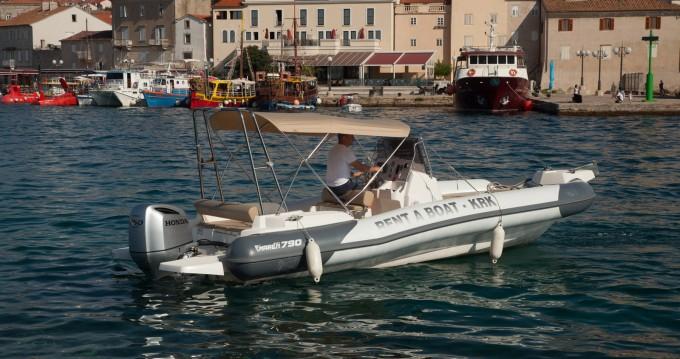Boat rental Marlin Boat Dynamic 790 in Krk on Samboat