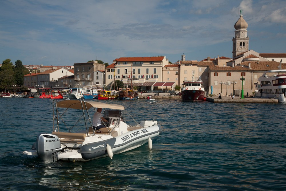 Rental RIB in Croatia - Marlin Boat Dynamic 790