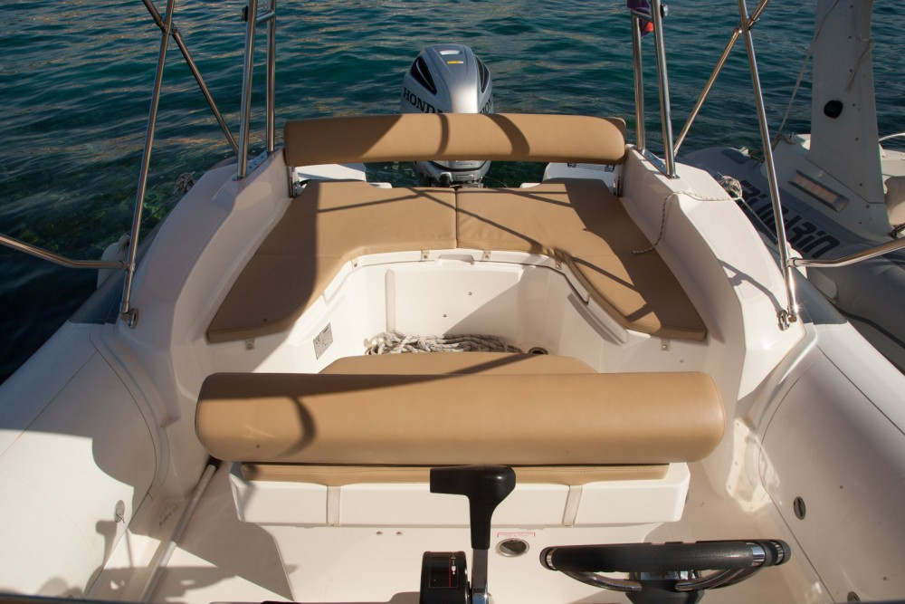 Boat rental Croatia cheap Dynamic 790