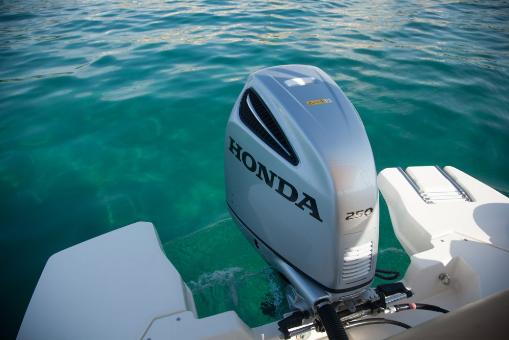 Rent a Marlin Boat Dynamic 790 Croatia