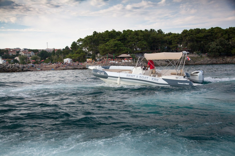 Rental yacht Croatia - Marlin Boat Dynamic 790 on SamBoat