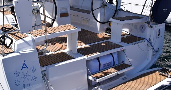 Rental Sailboat in Carloforte - Bénéteau Oceanis 38