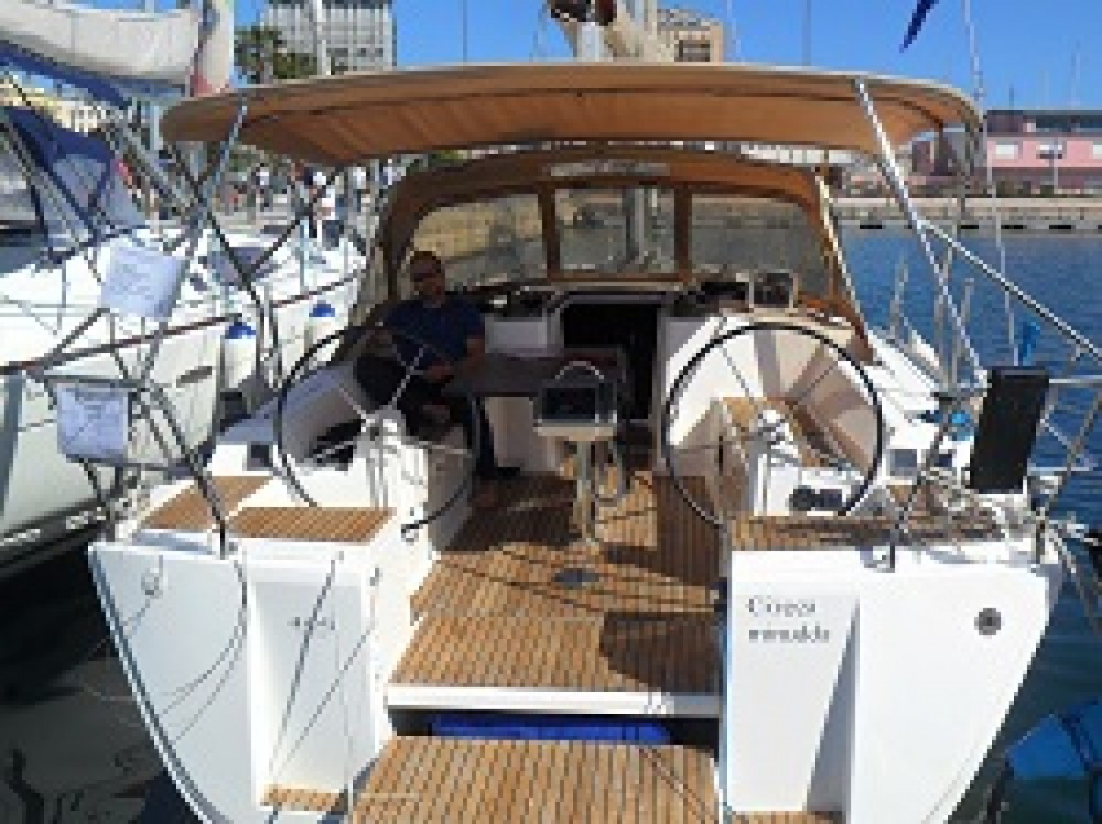 Dufour Dufour 405 between personal and professional Cagliari