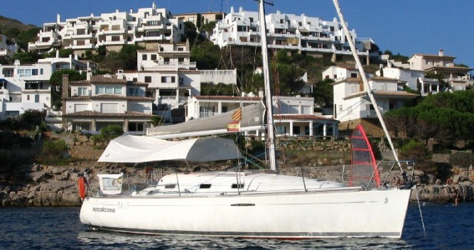 Hire Sailboat with or without skipper Bénéteau Mauguio