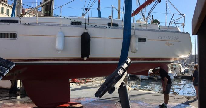 Rental yacht Marseille - Bénéteau Oceanis 361 on SamBoat