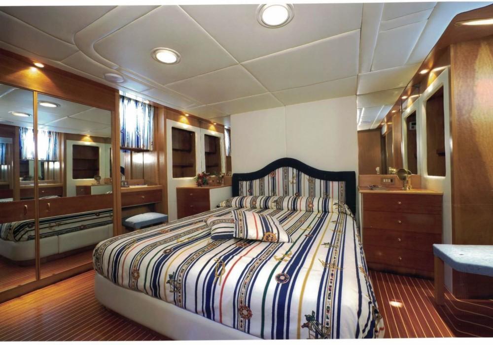 Rental Yacht in Castellammare di Stabia - Cantieri navali di Chiavari Heron 21