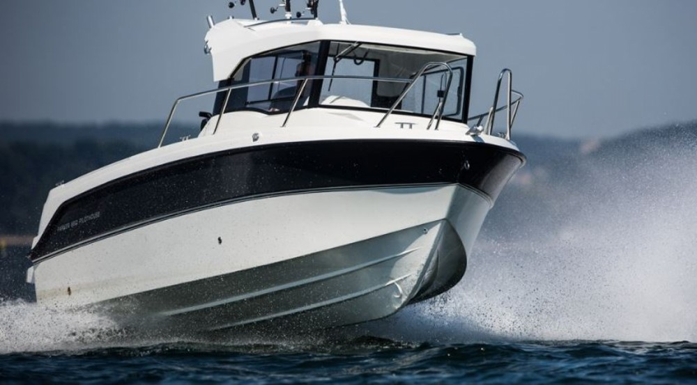 Rental yacht La Rochelle - Parker PilotHouse 660 on SamBoat