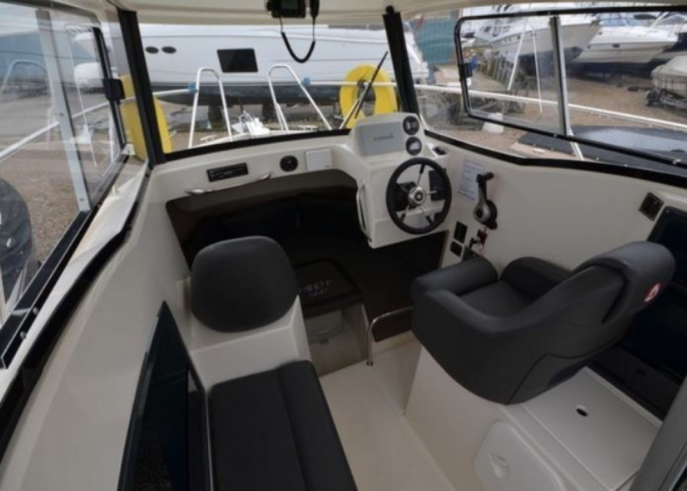 Parker PilotHouse 660 between personal and professional La Rochelle