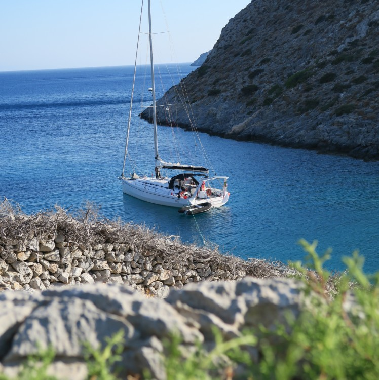 Sailboat for rent Parikia at the best price