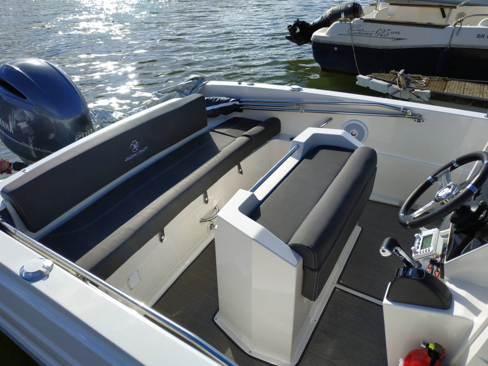 Hire Motor boat with or without skipper Pacific Craft Paris