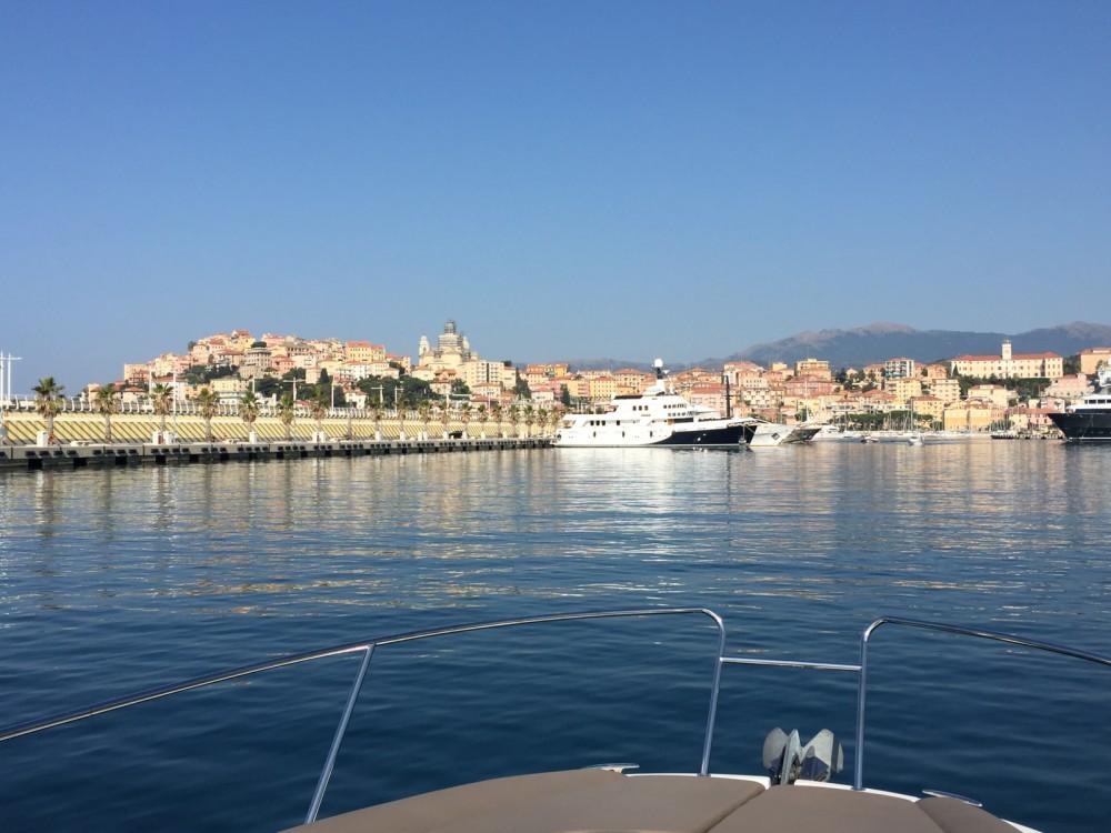 Boat rental Mandelieu-la-Napoule cheap Leader 8