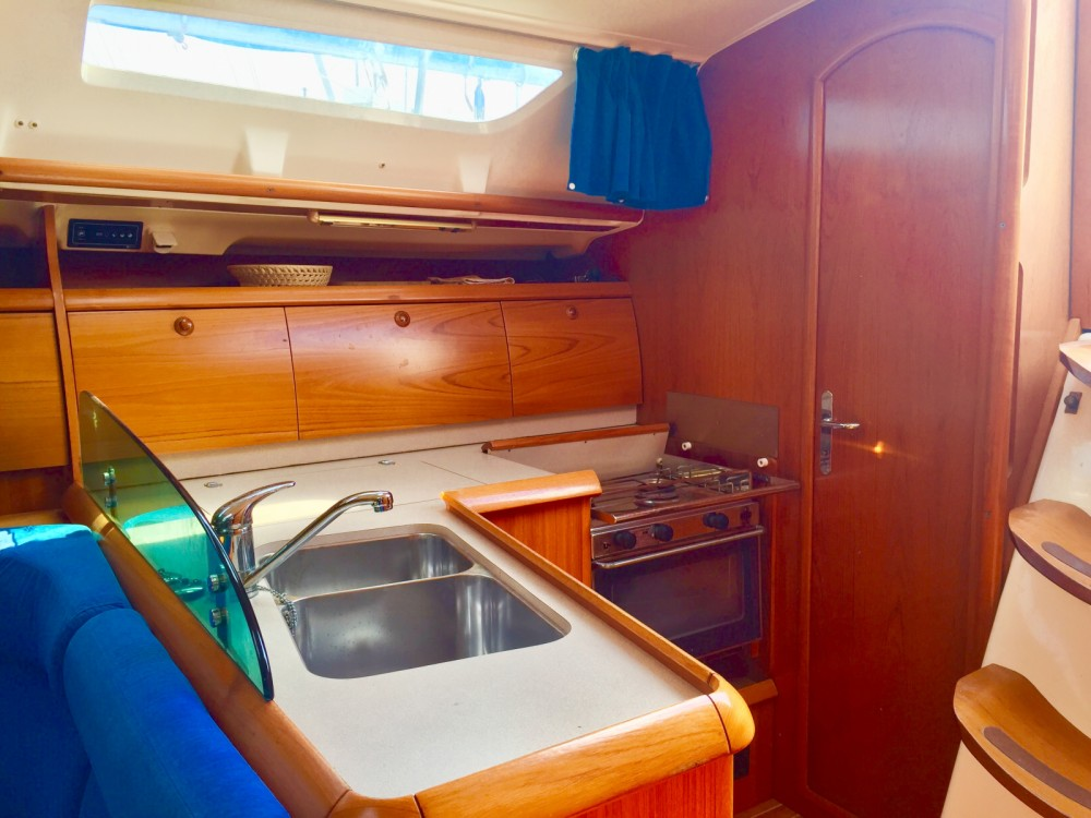 Jeanneau Sun Odyssey 40.3 between personal and professional Marsala