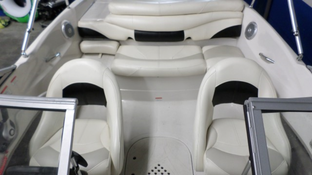 Motorboat for rent Wageningen at the best price