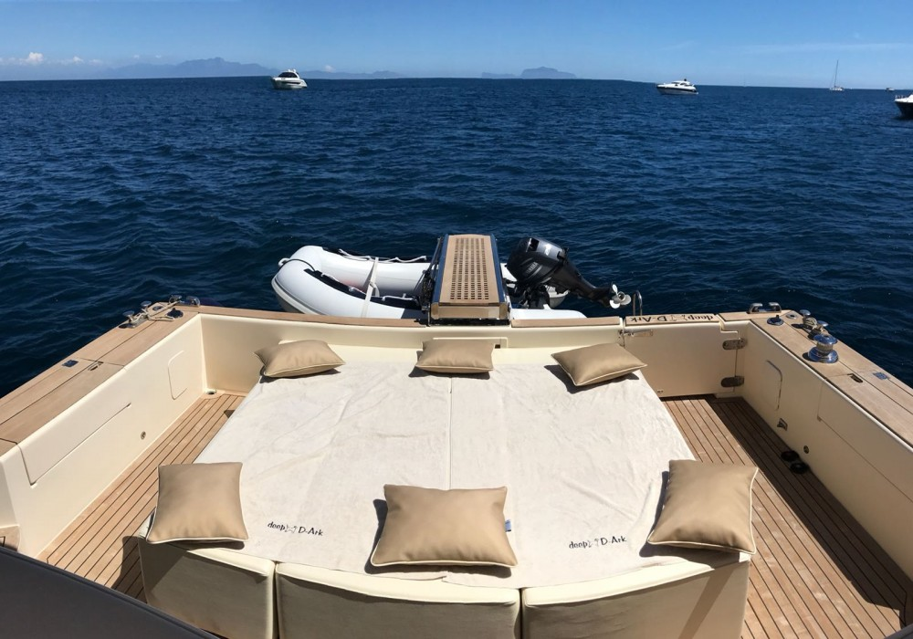 Hire Motorboat with or without skipper Gagliotta Naples