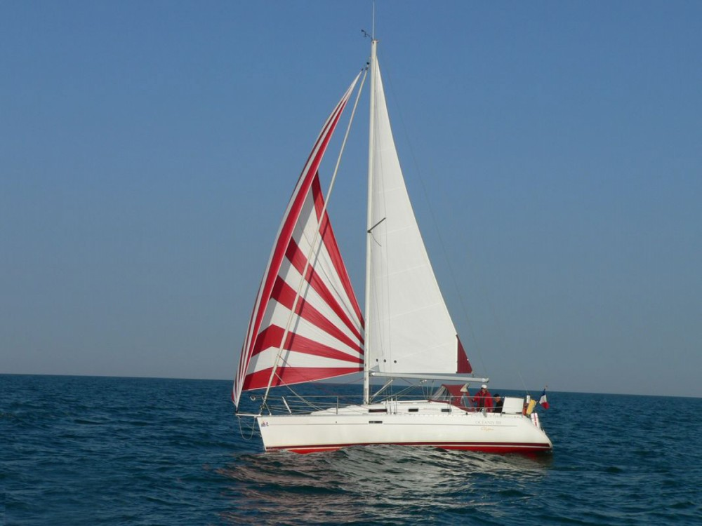 Sailboat for rent Piriac-sur-Mer at the best price
