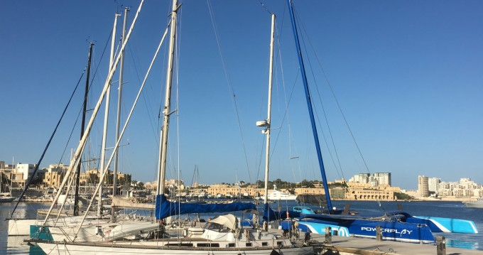 Rental yacht Senglea - CT-47 Ketch on SamBoat