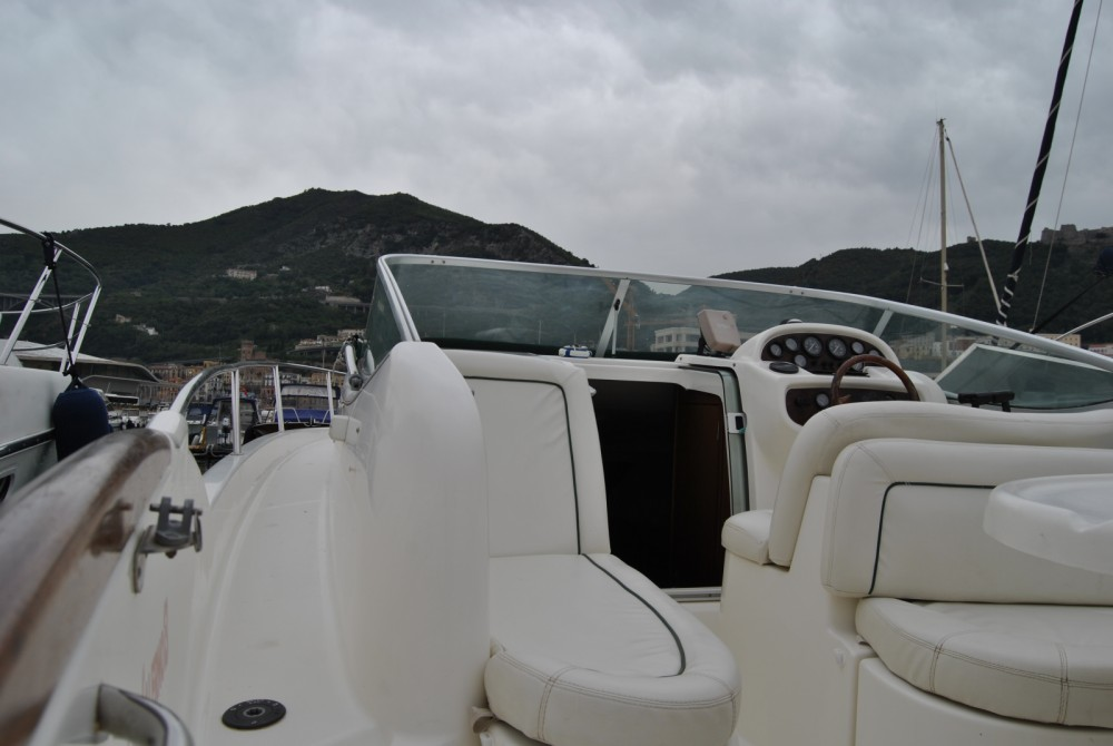 Hire Motorboat with or without skipper Jeanneau Salerno