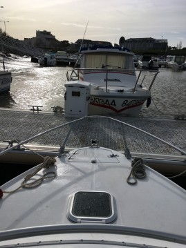 Motorboat for rent Le Pouliguen at the best price