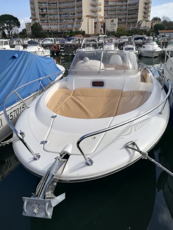 Boat rental Jeanneau Cap Camarat 715 WA in Mandelieu-la-Napoule on Samboat