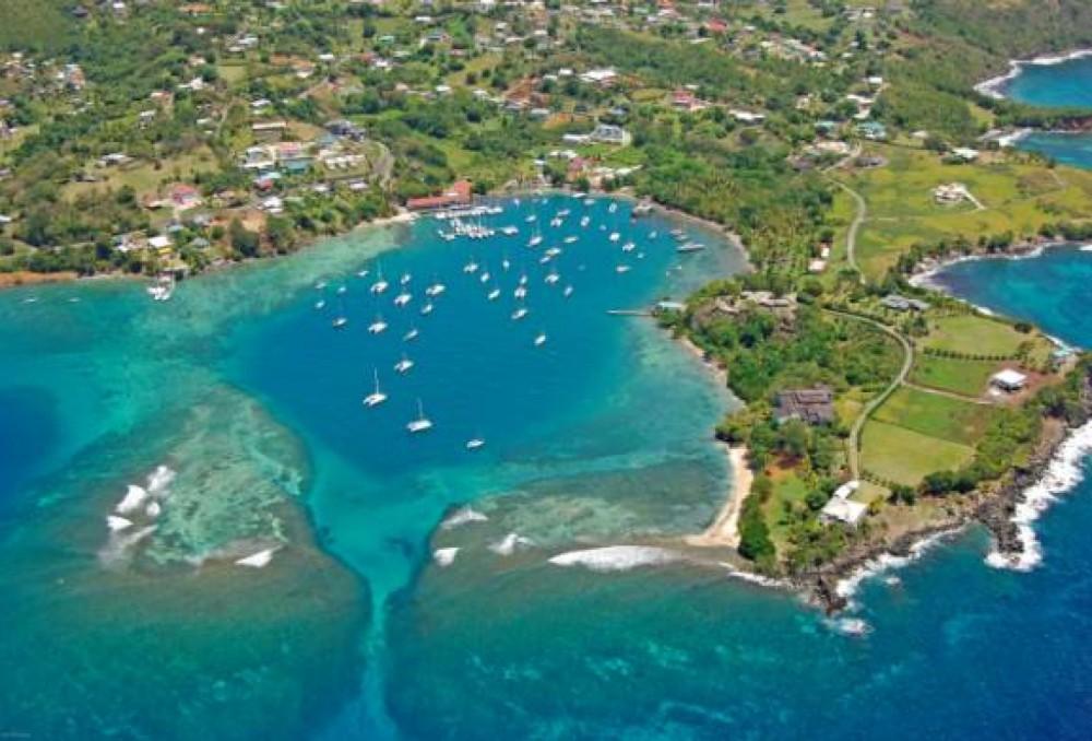 Sailboat for rent Calliaqua at the best price
