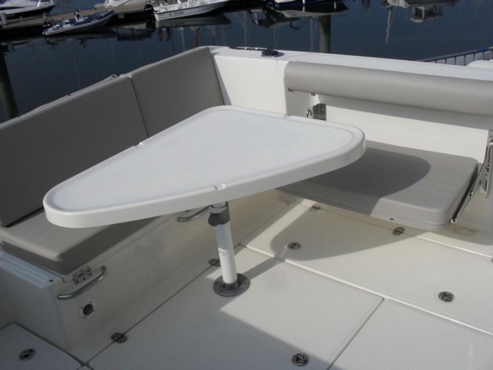 Rental yacht Clohars-Carnoët - Quicksilver Activ 605 Pilothouse on SamBoat
