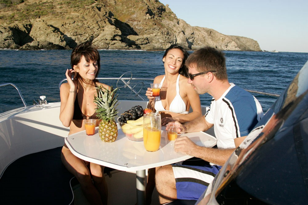 Boat rental Pacific Craft Pacific Craft 670 Open in Balearic Islands on Samboat
