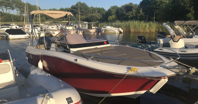 Rental Motorboat in Arcachon - Pacific Craft Pacific Craft 750 SC