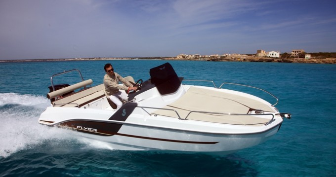Rent a Bénéteau Flyer 6.6 SUNdeck Ibiza Island