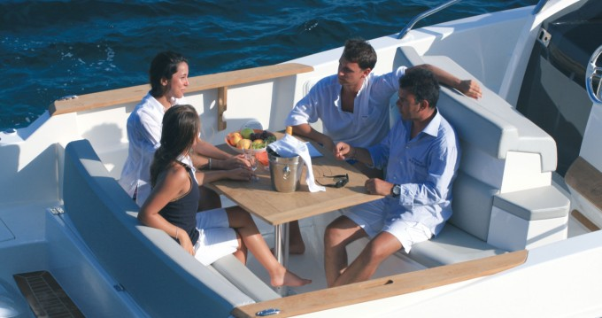 Hire Motorboat with or without skipper Capelli Ibiza Island