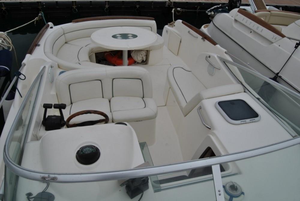 Boat rental Salerno cheap Leader 805