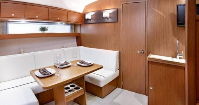 Rental Motorboat in Ibiza Island - Bavaria Bavaria 39 HT