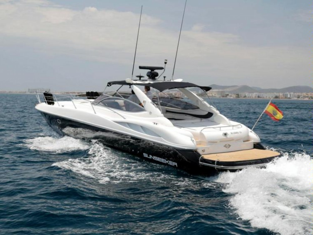 Sunseeker Superhawk 50 between personal and professional Ibiza