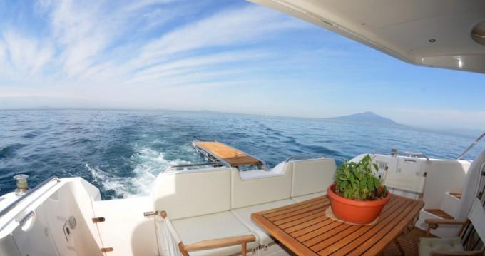 Rental Yacht in Sorrento - Fairline Squadron 59