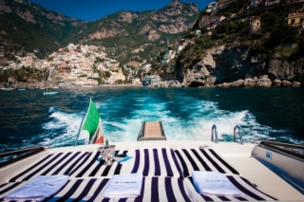Hire Motorboat with or without skipper Itama