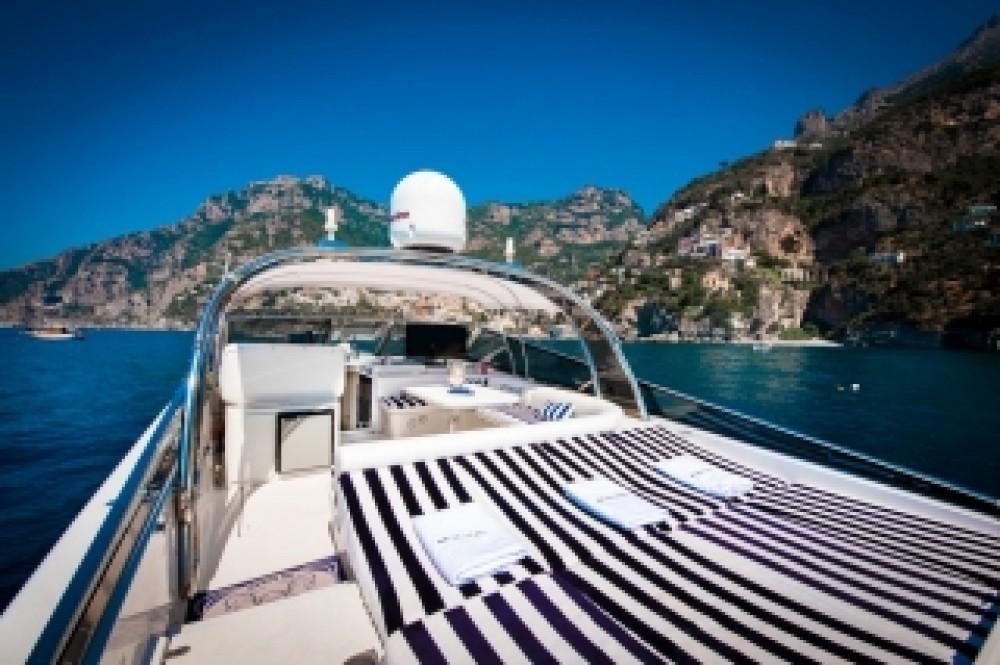 Boat rental Itama Itama 46 in  on Samboat