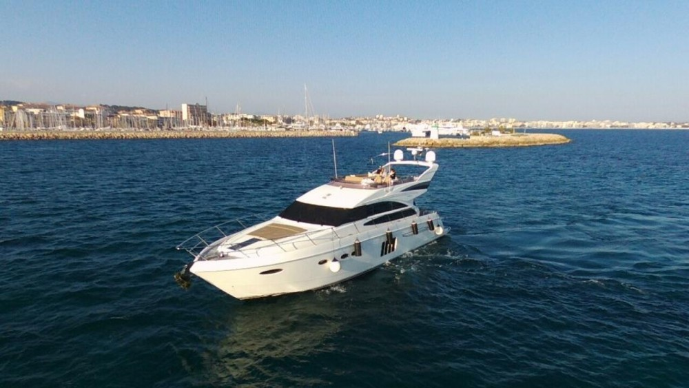 Boat rental Princess Princess 64 Fly in Golfe-Juan on Samboat