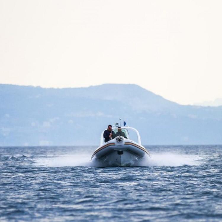 Boat rental Castellammare di Stabia cheap BAT 7.5 MT
