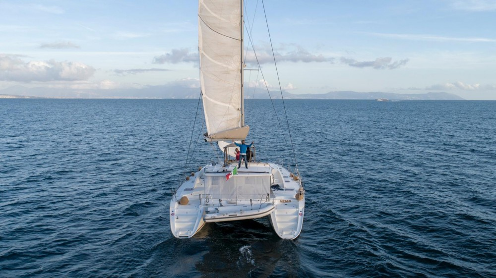 Rental Catamaran in Naples - Lagoon Lagoon 44