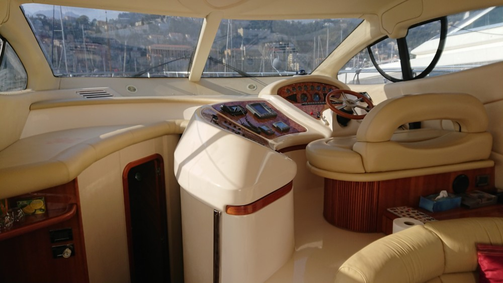 Rental yacht Cap-d'Ail - Azimut Azimut 46 Fly on SamBoat