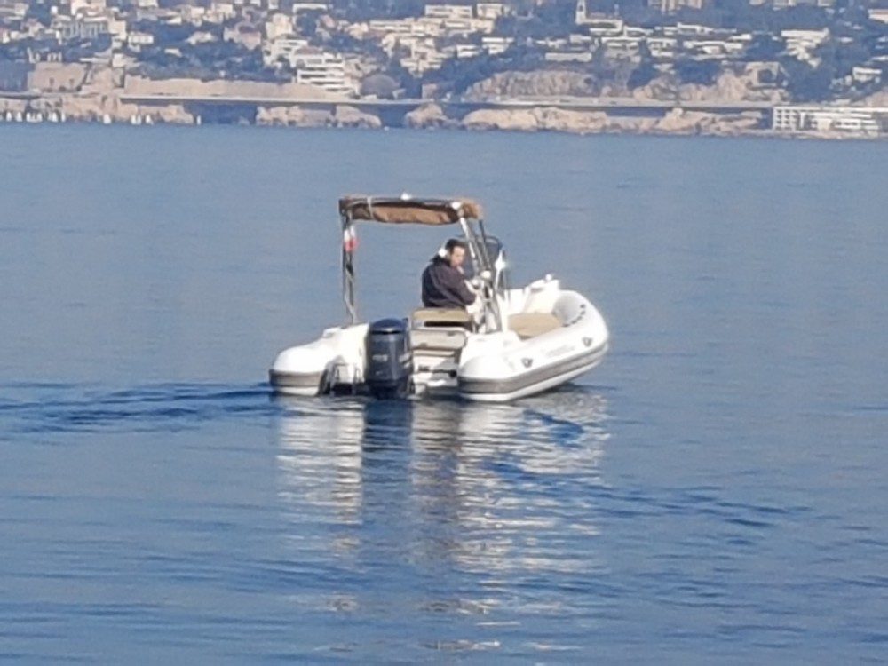 Boat rental Capelli Tempest 600 in Marseille on Samboat