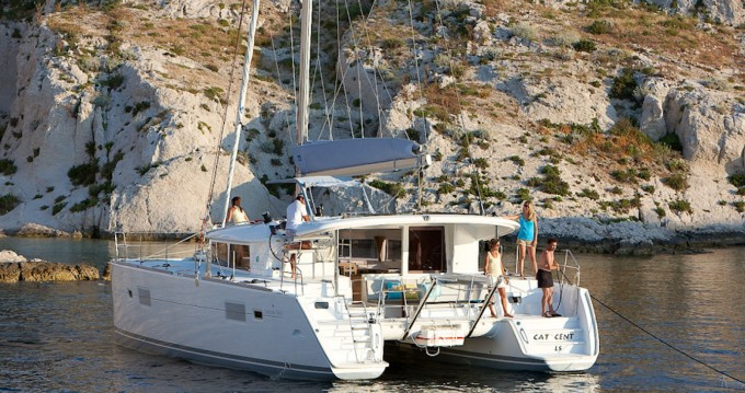 Hire Catamaran with or without skipper Lagoon Faro