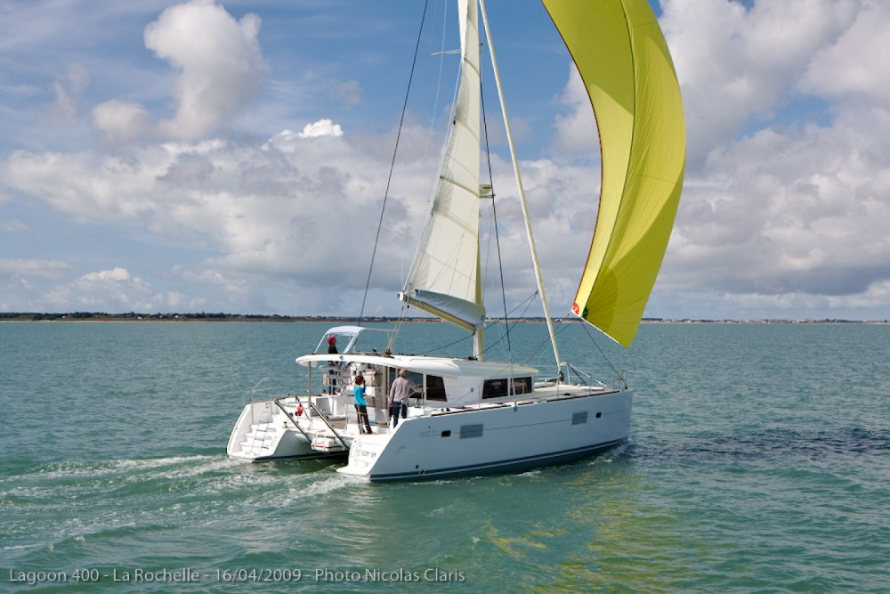 Catamaran for rent Faro at the best price