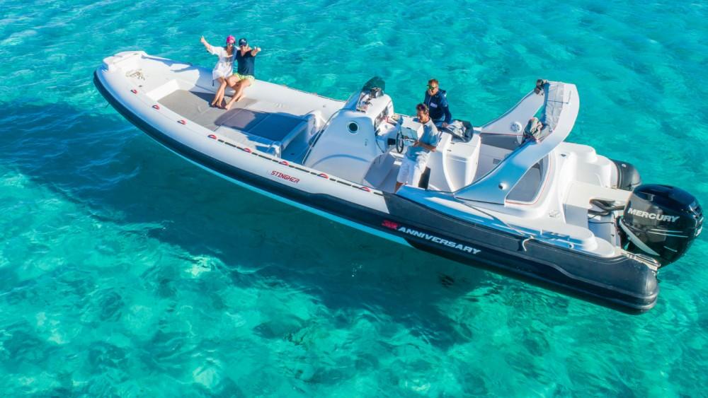 Boat rental Italboats Stingher Anniversary 32' in Liscia di Vacca on Samboat